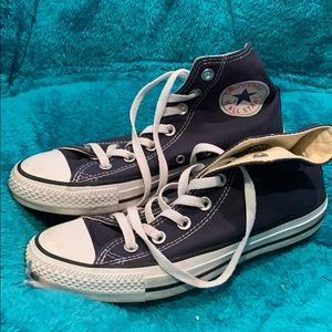 Converse all star.  High top